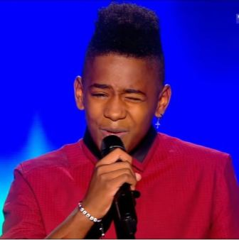 Watch as Lisandro performs Whitney Houston's song Run to You at The Voice Kids 2015 The Blind Auditions.