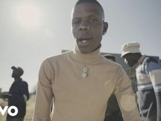 Aubrey Qwana – Uhamba Nobani Ft. Sho Madjozi
