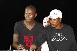 Team Percussion ft Pontsa & Nikita – Uyindoda Enjani