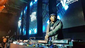 El Maestro – 100% Production Mix (Not For Kids 12)