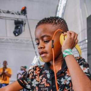DJ Arch Jnr – Mini Sunday Live Mix