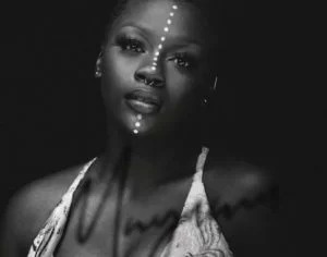 Amanda Black – Let It Go