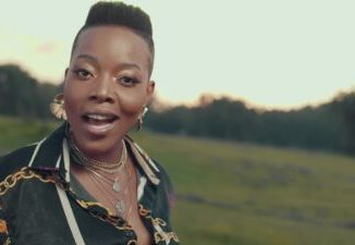"""Mo Flava ft Nomcebo """"Ngi Linde Wena Video Download Fakaza"""