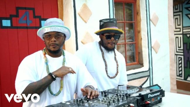 DOWNLOAD Major League DJz, Abidoza Dinaledi Video Ft. Mpho Sebina
