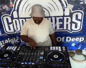 Afrika Brothers & Jay Saxx – Lockdown Mode (CoronaDisinfectants)