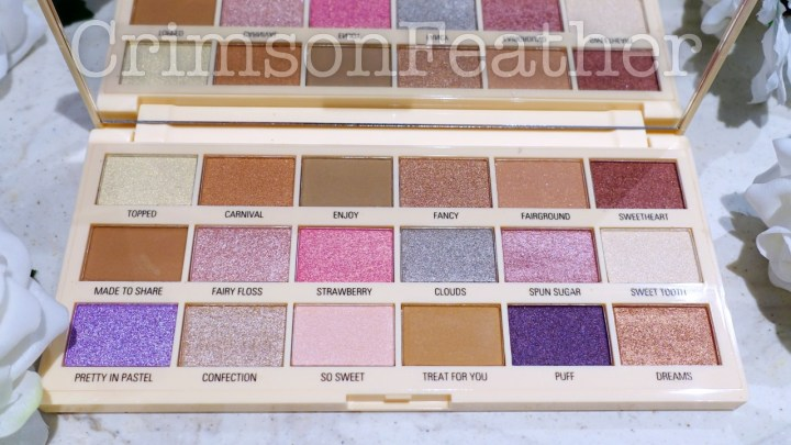 I-Heart-Revolution-Cotton-Candy-Palette-Inside