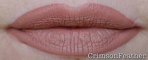 Jeffree-Star-Celebrity-Skin-Swatch