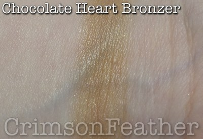 I-Heart-Revolution-Chocolate-Heart-Bronzer-Swatch