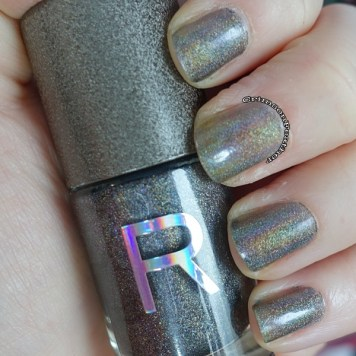 Revolution-Nails-Holographic-Polish-Luna-One-Layer-Swatch
