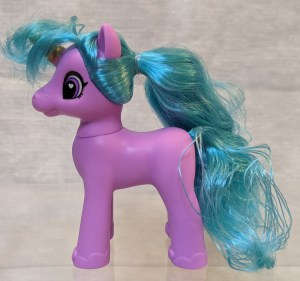Magenta unicorn with blue hair