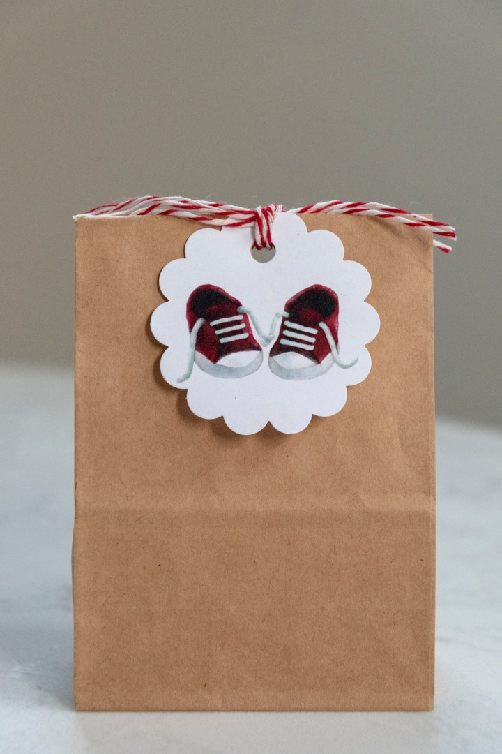 Free Printable Baby Sneakers Gift Tags