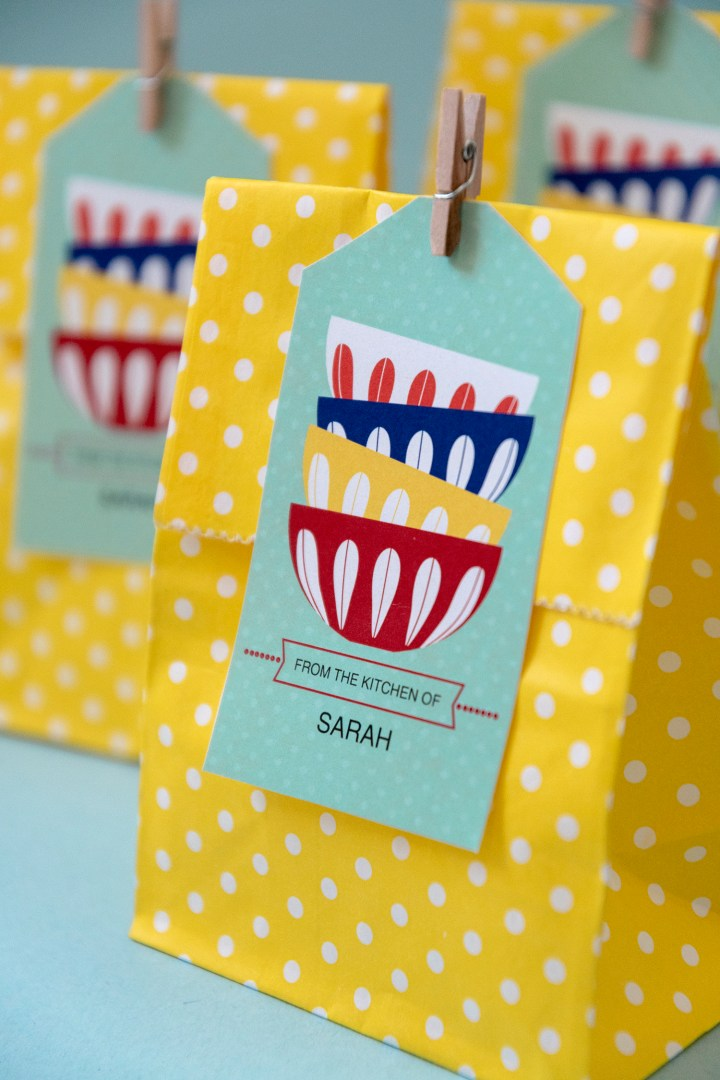 Retro Bowls Free Printable Tags