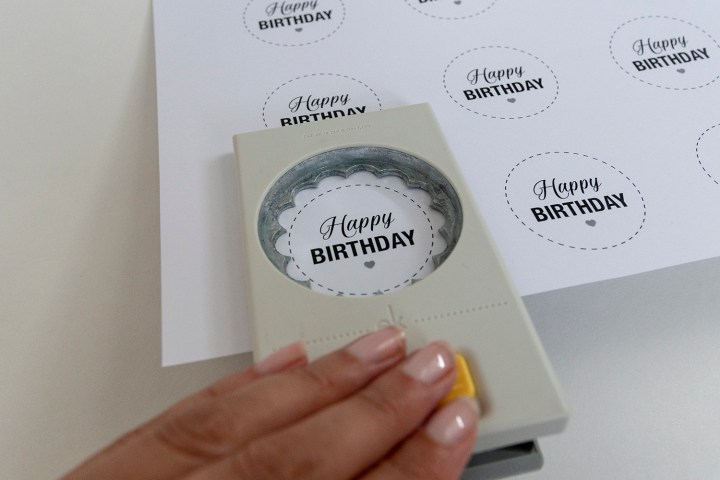 Make these happy birthday gift tags with a scalloped paper punch