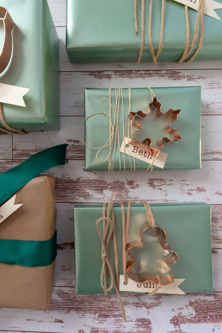 Baking Holiday Gift Wrapping Idea