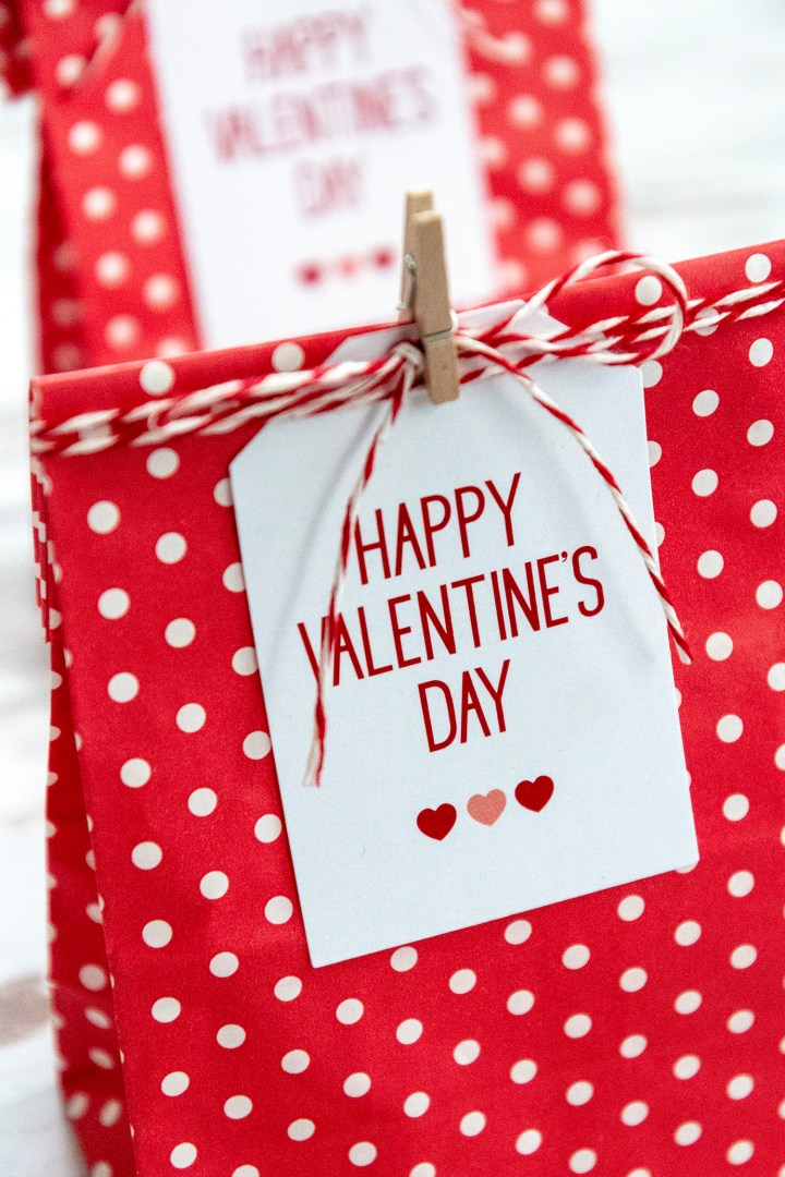 Happy Valentine S Day Free Printable Gift Tags Faking It Fabulous