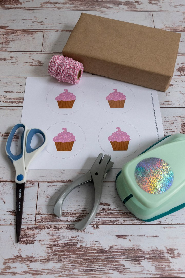 Gift wrapping supplies for cupcake theme birthday party
