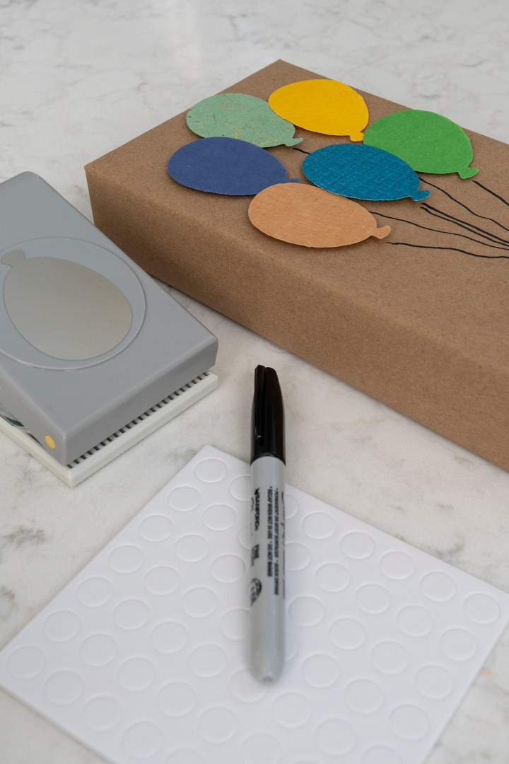 Balloon Paper Gift Wrapping Idea