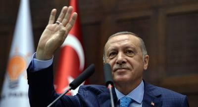 Эрдоган обвинил США в поддержке курдских сил в Сирии