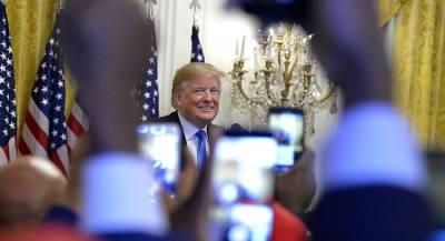 Трамп посмертно наградит Элвиса Пресли