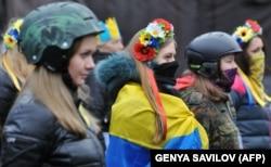Революція гідності. Учасниці Самооборони Майдану, Київ, 16 лютого 2014 року