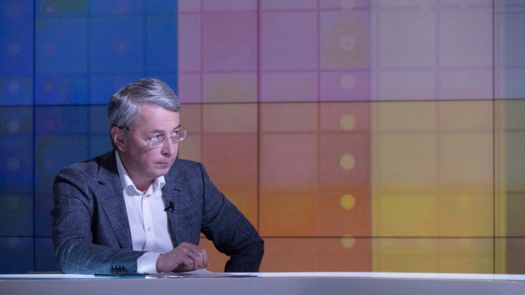 «Не тільки серіал «Папік» був проданий»: Ткаченко прокоментував продаж українських серіалів до Росії