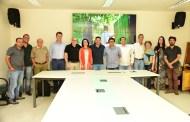 Prefeito de Ilhabela recebe novos médicos que vão compor o quadro de especialidades do município
