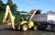 Prefeitura de Caraguatatuba realiza limpeza na Foz do rio Juqueriquerê