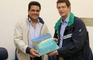 Prefeito de São Sebastião recebe Ministro do Meio Ambiente