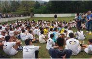 Alunos escolhidos em peneira da Escolinha Meninos da Vila de Boiçucanga disputam segunda fase em Santos