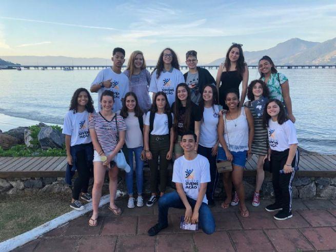 Intercambistas da França conhecem Centro Histórico de São Sebastião
