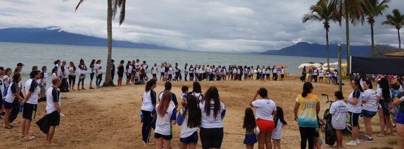 Voluntários retiram mais de 700 Kg de lixo no Dia Mundial de Limpeza de Praia
