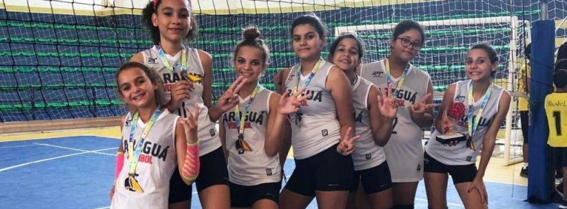 Caraguatatuba vence em duas categorias no 2º Festival de Voleibol da Ilhabela