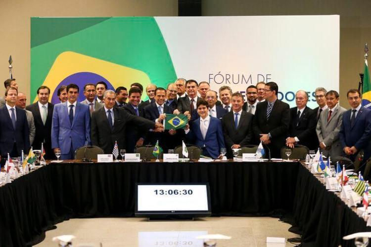 Guerra Fria entre Bolsonaro e Governadores