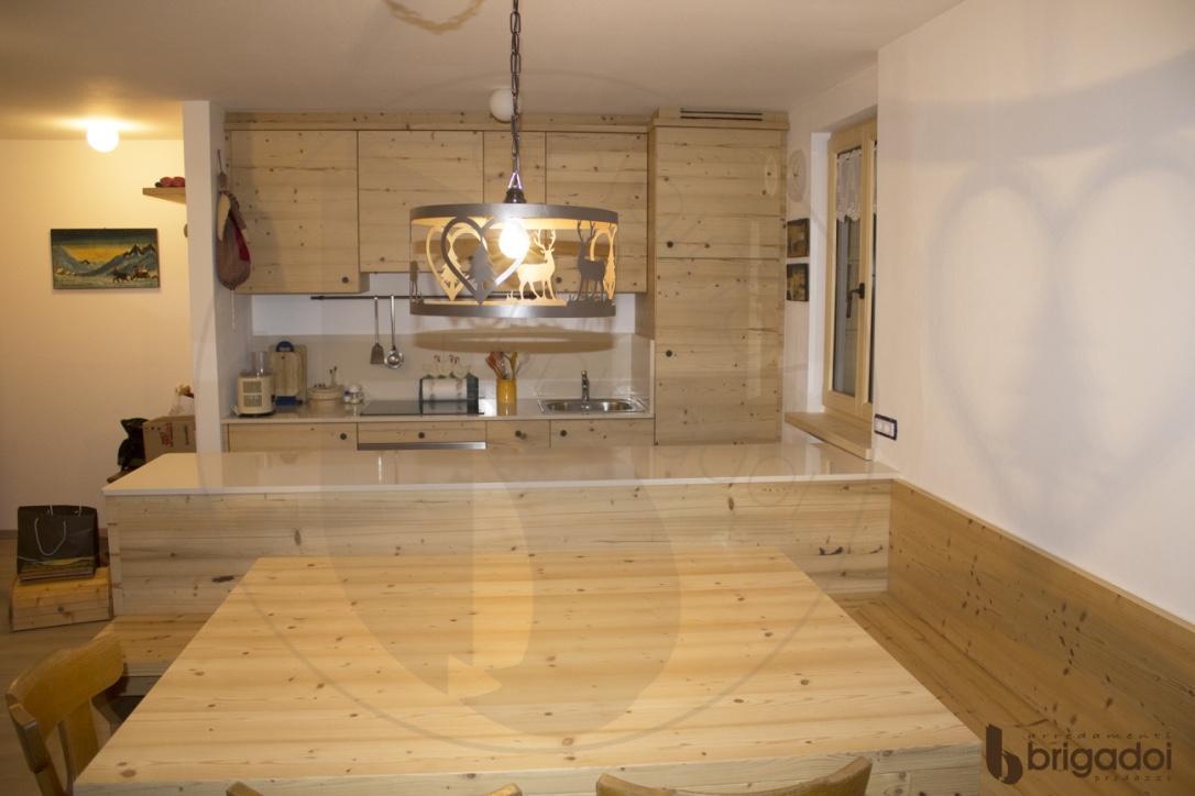 cucina legno abete vecchio arredamenti brigadoi