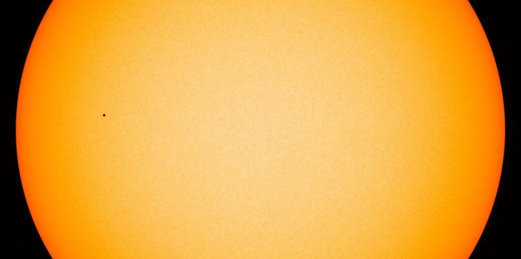 Mercury pass through the face of the sun 2019