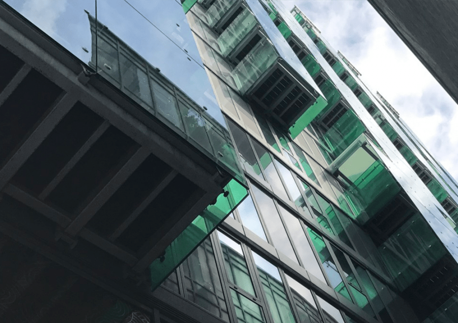 Green building glas 1000x706