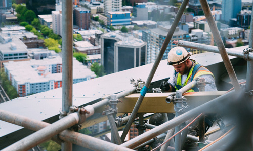 Construction-worker-on-site 500x300