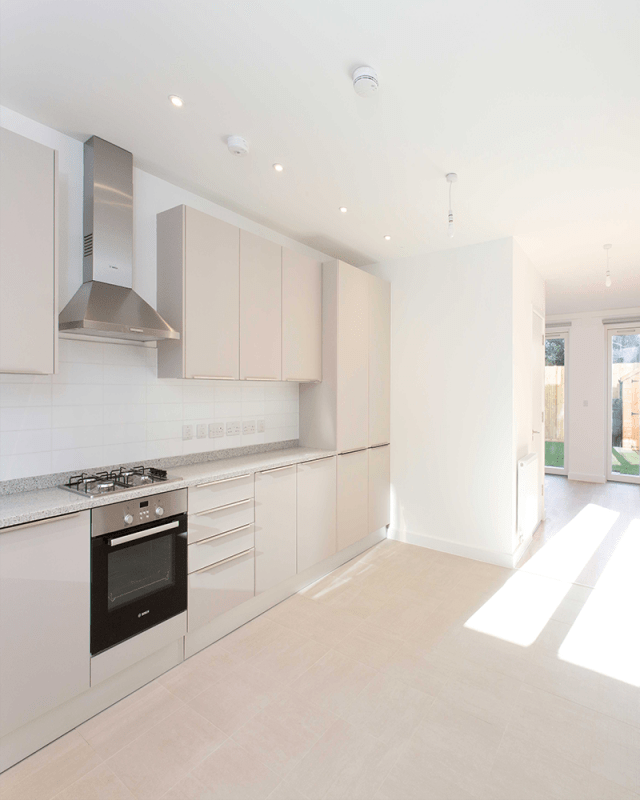 New build white kitchen design
