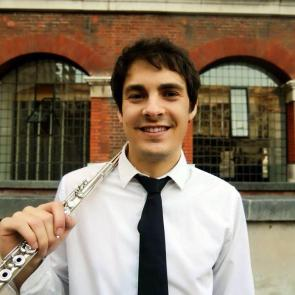 Pedro Lopez is a young flautist based in London. Recent performances include concerts in recognised concert halls of Europe, such as Het Concertgebouw Chamber Hall, St-Martinin- the-Fields and Auditorio Nacional in Madrid among others. He recently graduated at the Royal College of Music, where he received advice from the principals of the LPO, LSO and ENO.