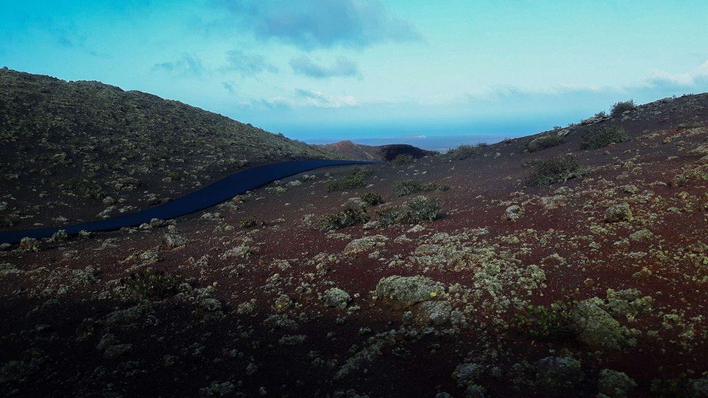 Lanzarote-travel-guide-timanfaya-nationalpark-vulkan-landschaft-straße (1 von 1) (1)
