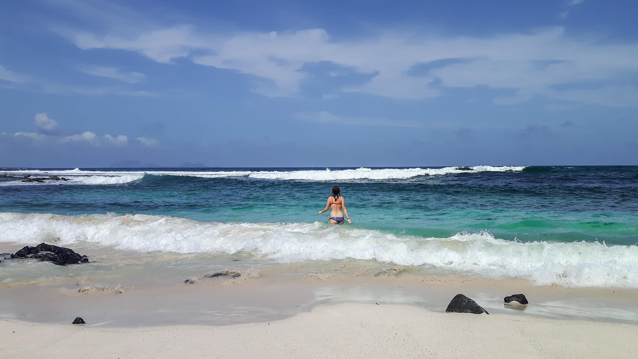 lanzarote-strand-Caletón-Blanco-schwimmen