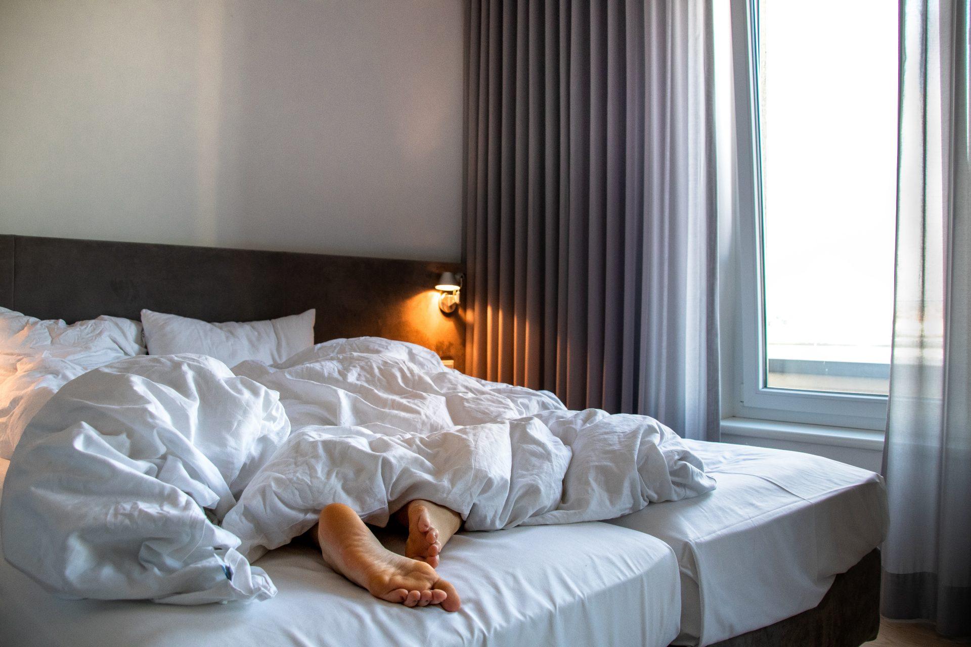Maximilians-Boutique-Hotel-Landau-bett-füße