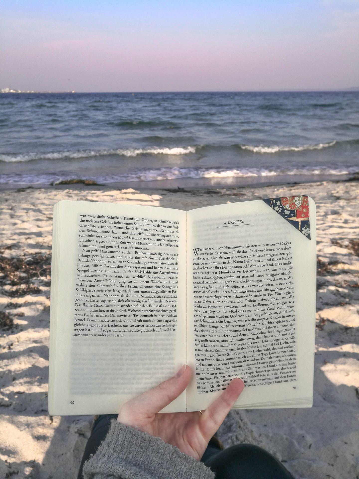 Fernweh-stillen-reisebücher-lesen