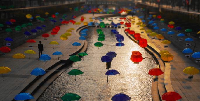 Cheonggyecheon_Umbrellas___Flickr_-_Photo_Sharing_