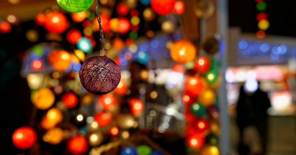 Christmas_Balls_Bokeh___Flickr_-_Photo_Sharing_