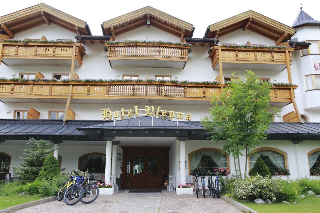 Hotel Vienna A San Martino Di Castrozza Coccolati Come A Casa
