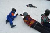 Brincadeira na neve em Piedras Blancas