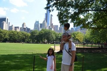 Família que viaja junto em Nova York