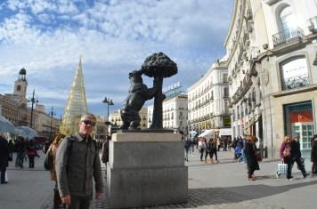 """Puerta del Sol/ """"Estatua del Oso y el Madroño"""