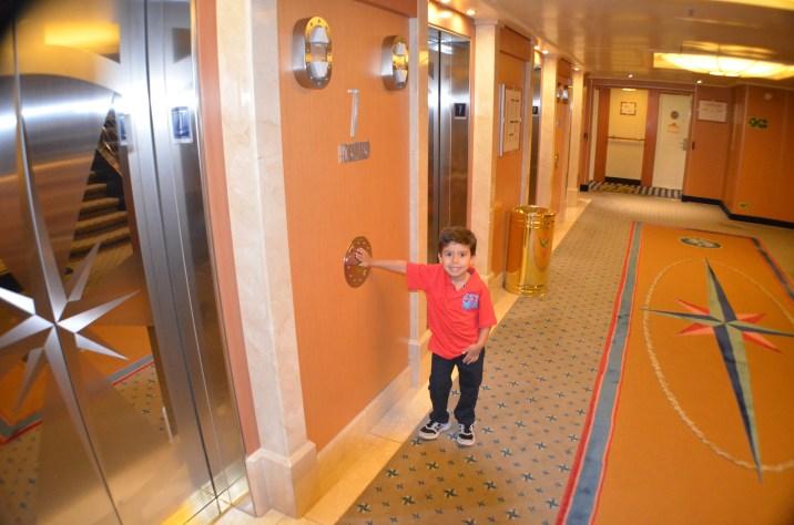 Esperando o elevador